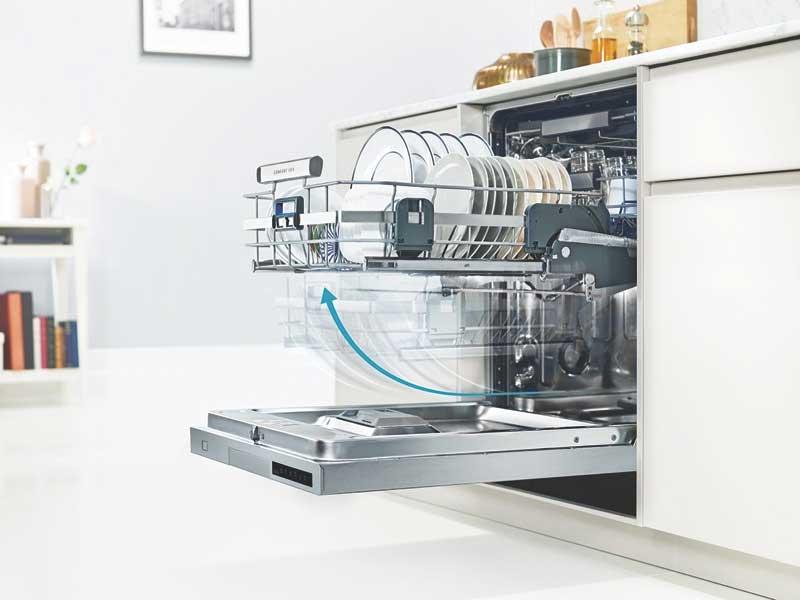 Dùng máy rửa bát có tốn điện nước không?